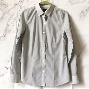 The Limited Stripe Non Iron Button Up Career Shirt